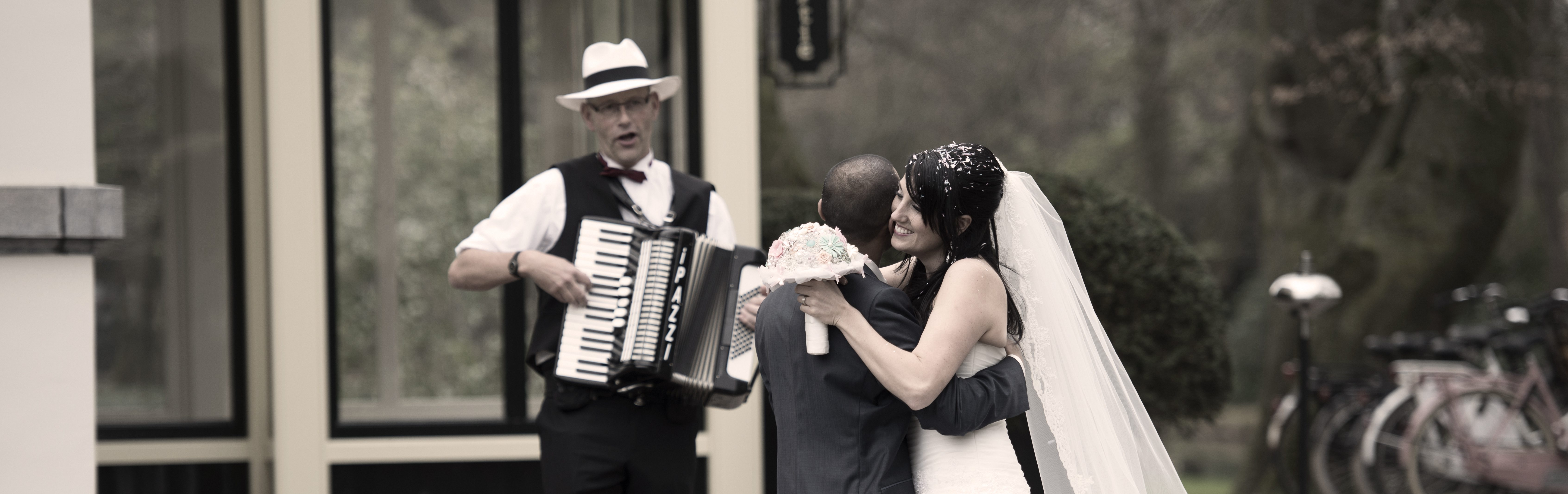 Trouwdag Huwelijk Bruiloft Muziek Accordeon Accordeonist Violist Pianist PazziMusic