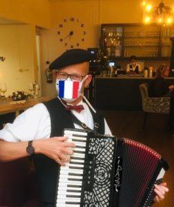 Accordeonist Corona Muziek sfeervol PazziMusic.nl